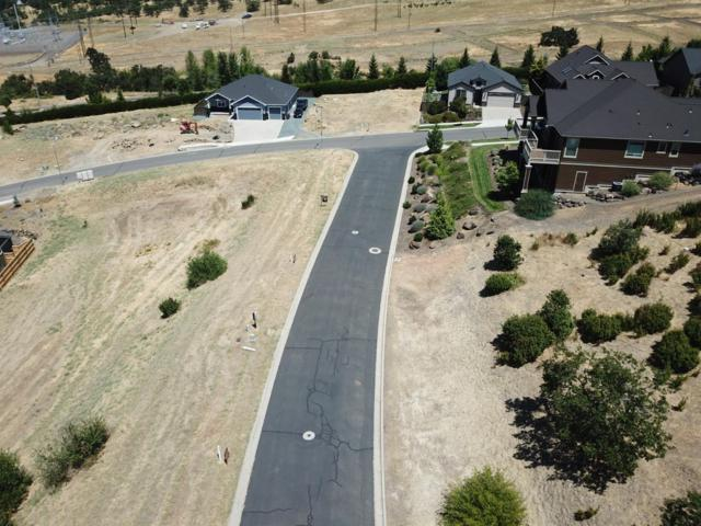 589 E La Strada Cir  Lot 42, Medford, OR 97504 (#3004117) :: Rutledge Property Group