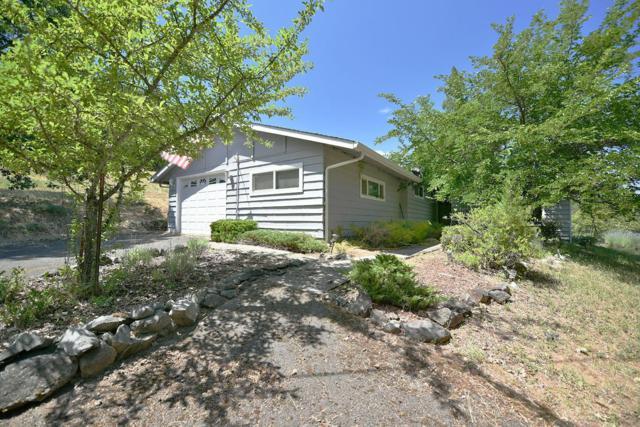 6262 Coleman Creek Road, Medford, OR 97501 (#3004269) :: Rutledge Property Group