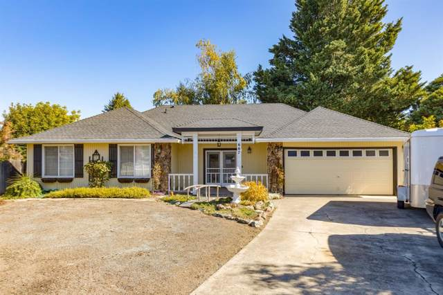 667 Rose Valley Court, Central Point, OR 97502 (#3007319) :: Team Zebrowski