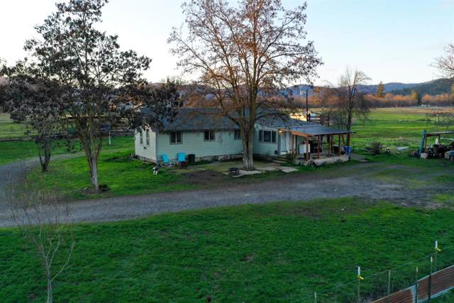 3656 Sams Valley Road, Gold Hill, OR 97525 (#3009338) :: FORD REAL ESTATE
