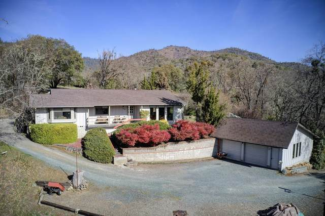 13418 Highway 234, Gold Hill, OR 97525 (#3009949) :: FORD REAL ESTATE