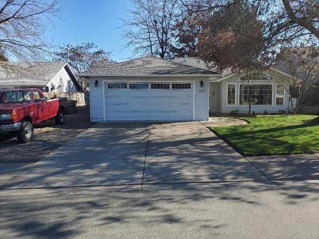 1132 Hampton Drive, Central Point, OR 97502 (#3010276) :: FORD REAL ESTATE