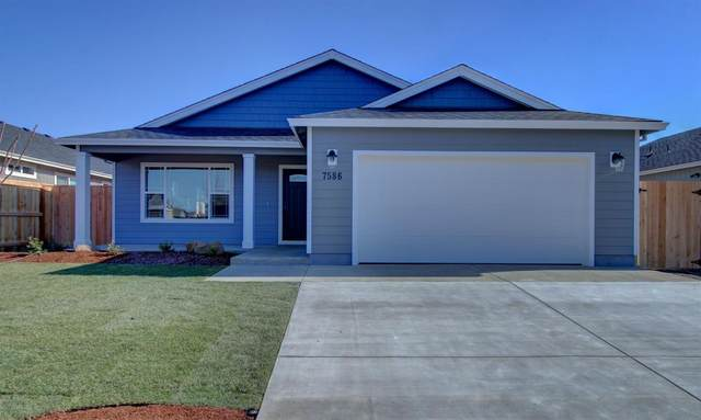 7586 27th Street, White City, OR 97503 (#3010323) :: FORD REAL ESTATE