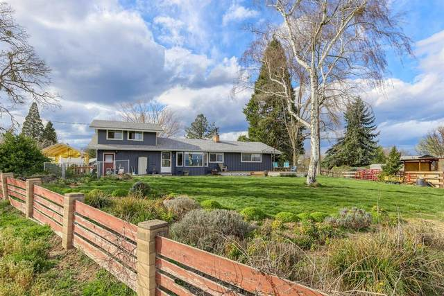 3662 Scenic Avenue, Central Point, OR 97502 (#3011497) :: FORD REAL ESTATE