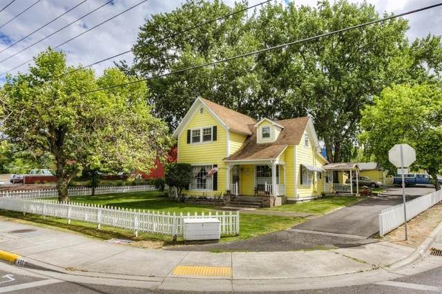 402 Talent Avenue, Talent, OR 97540 (#3011548) :: FORD REAL ESTATE
