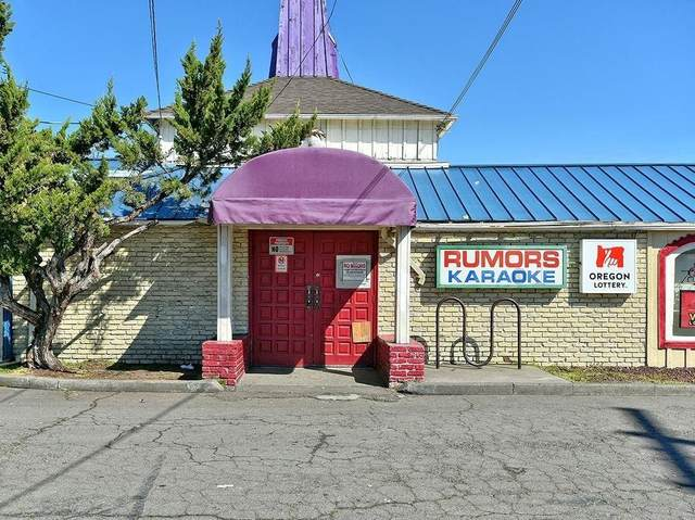 1206 N Riverside Avenue, Medford, OR 97501 (#3011749) :: FORD REAL ESTATE