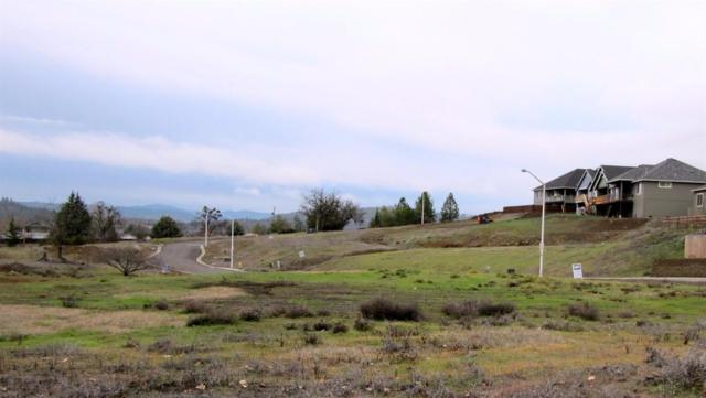 1023 Azure #4, Eagle Point, OR 97524 (#2921381) :: FORD REAL ESTATE