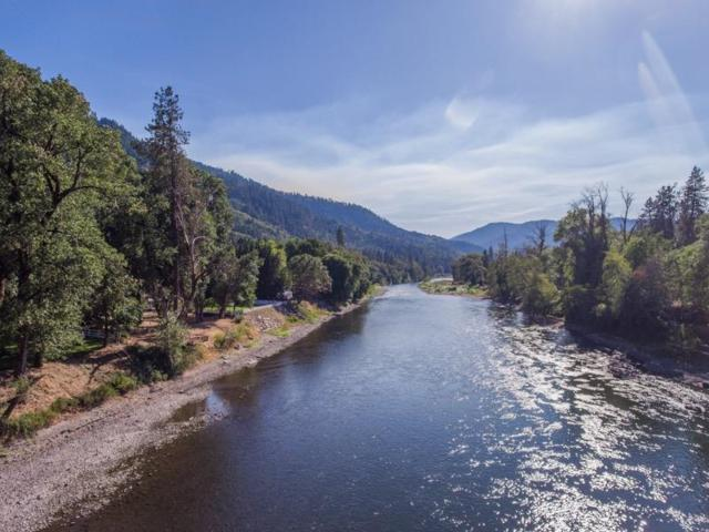 8200 Rogue River Highway, Grants Pass, OR 97527 (#2981735) :: Rocket Home Finder