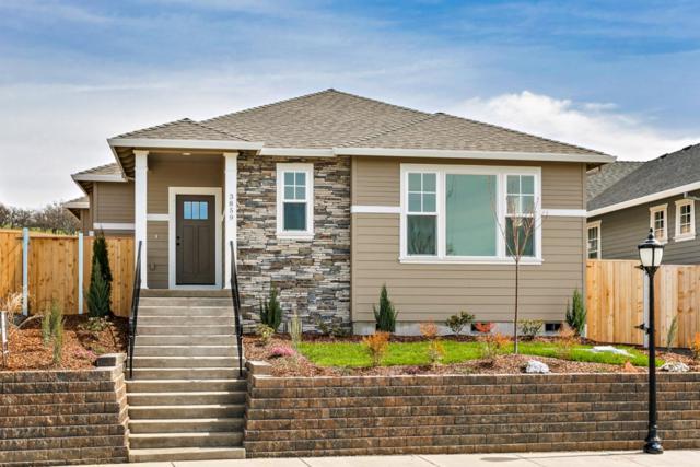 3859 Creek Mont Drive, Medford, OR 97504 (#2983730) :: Rocket Home Finder