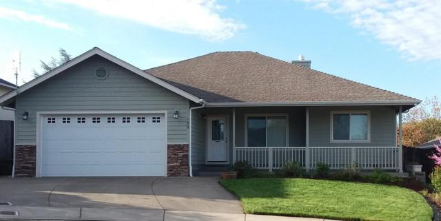 133 SE Aztec Court, Grants Pass, OR 97527 (#3000666) :: FORD REAL ESTATE