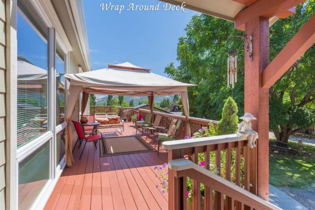 40 Hummingbird Lane, Talent, OR 97540 (#3004197) :: Rutledge Property Group
