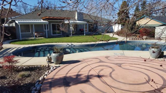 3813 Hilsinger Road, Phoenix, OR 97535 (#2985889) :: Rocket Home Finder