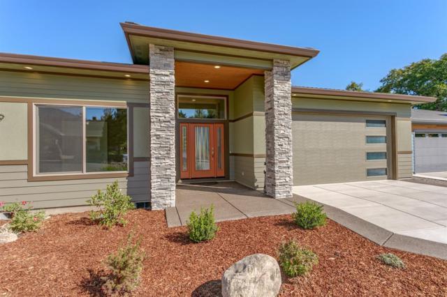 49 W Nevada, Ashland, OR 97520 (#2990038) :: Rocket Home Finder