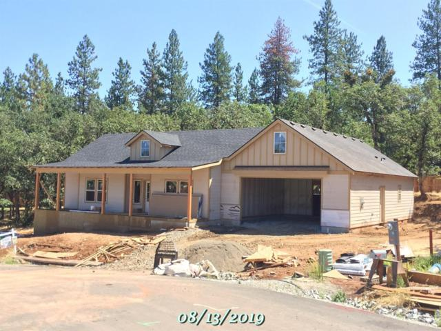 550 South Loop Road, Jacksonville, OR 97530 (#2993798) :: FORD REAL ESTATE