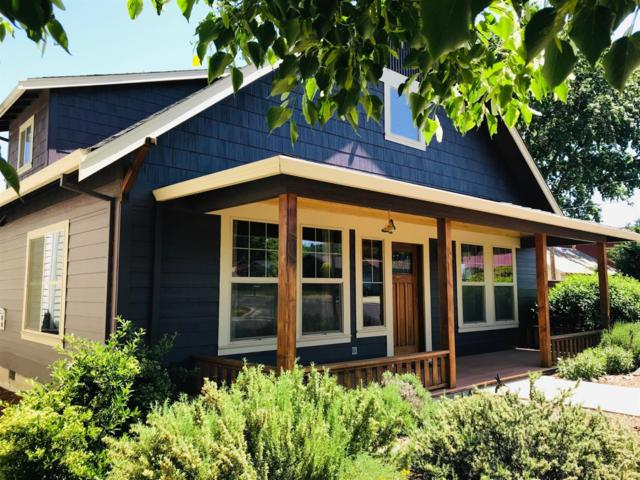 46 Logan Way, Talent, OR 97540 (#2998684) :: FORD REAL ESTATE
