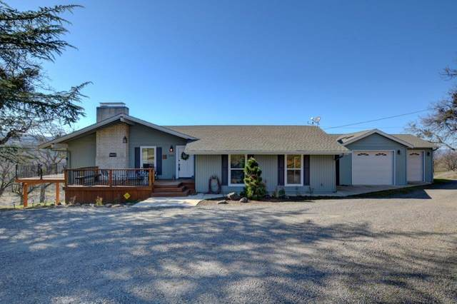 3242 Surrey Drive, Medford, OR 97501 (#3010726) :: Rutledge Property Group