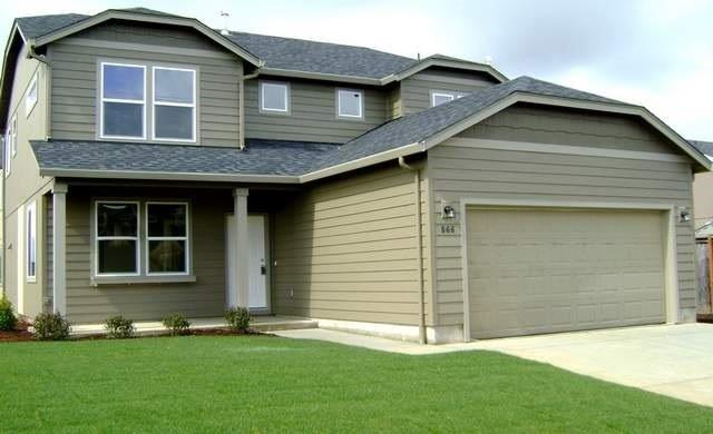 2047 Milton Lane, Medford, OR 97501 (#2982808) :: Rocket Home Finder