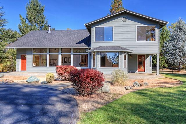 960 Wildflower Drive, Merlin, OR 97532 (#2982879) :: FORD REAL ESTATE