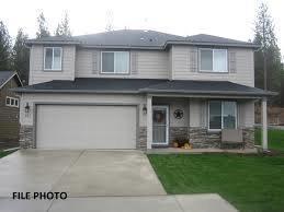 1810 Ingram Lane, Medford, OR 97501 (#2984215) :: Rocket Home Finder
