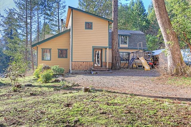 1141 Kincaid Road, Williams, OR 97544 (#2984812) :: Rocket Home Finder