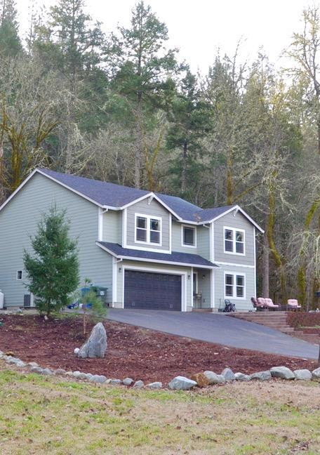 393 S&K Ranch Road, Grants Pass, OR 97527 (#2985117) :: FORD REAL ESTATE