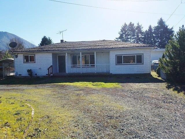2650 Cloverlawn Drive, Grants Pass, OR 97527 (#2986639) :: Rocket Home Finder