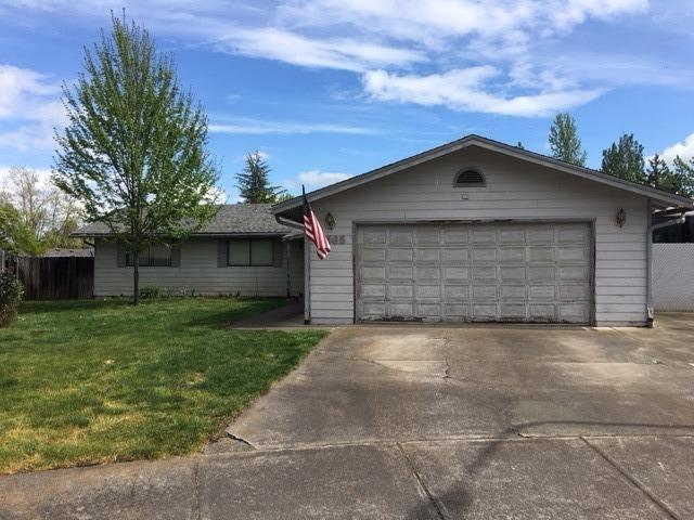 2565 Southport Way, Medford, OR 97504 (#2988824) :: FORD REAL ESTATE