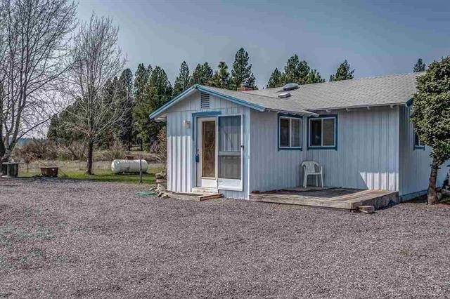 40070 Riverview Drive, Chiloquin, OR 97624 (#2989800) :: Rocket Home Finder