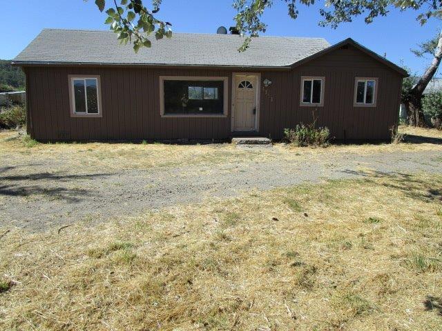 4151 Merita Terrace, Central Point, OR 97502 (#2991870) :: Rocket Home Finder