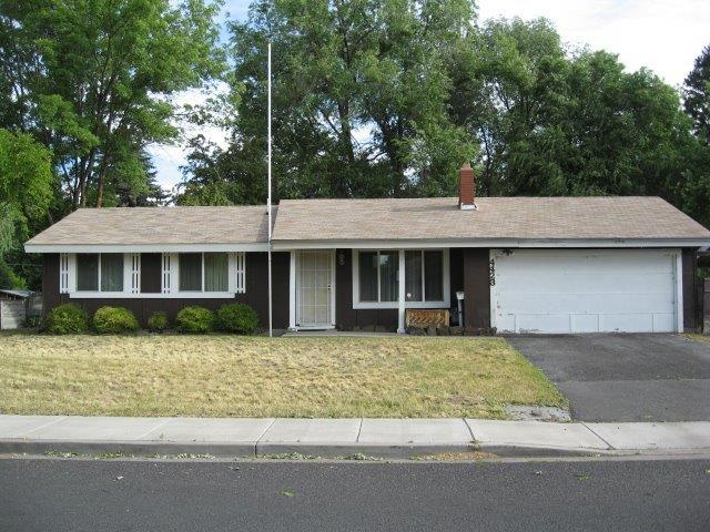 4423 Sturdivant Avenue, Klamath Falls, OR 97603 (#2992201) :: Rocket Home Finder