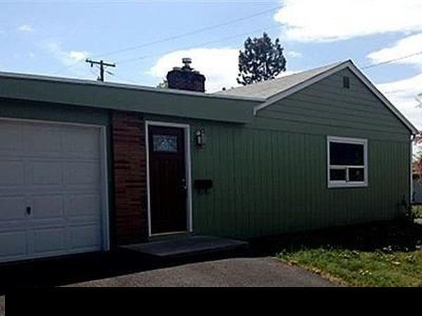 604 Mt Whitney Street, Klamath Falls, OR 97601 (#2994027) :: Rocket Home Finder