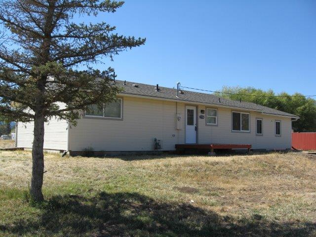 15106 Pioneer Road, Klamath Falls, OR 97601 (#2994341) :: Rocket Home Finder