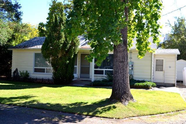 307 Tussey Lane, Grants Pass, OR 97527 (#2994432) :: Rocket Home Finder