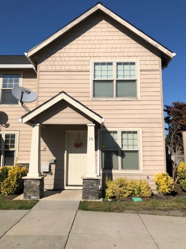 450 Midway Road #30, Medford, OR 97501 (#2995450) :: Rocket Home Finder