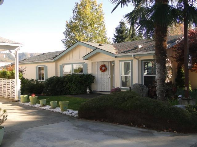 135 NW Wrightwood Circle, Grants Pass, OR 97526 (#2996066) :: Rocket Home Finder