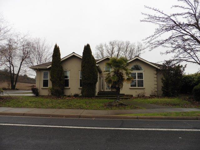 509 Robert Trent Jones Boulevard, Eagle Point, OR 97524 (#2998349) :: FORD REAL ESTATE