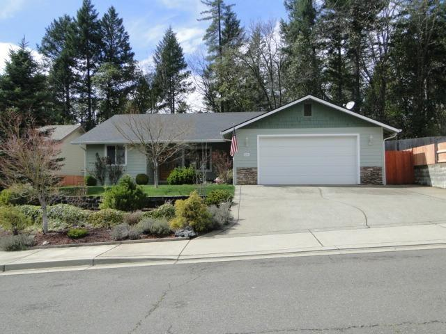 280 Mountain Valley Way, Cave Junction, OR 97523 (#2999797) :: FORD REAL ESTATE