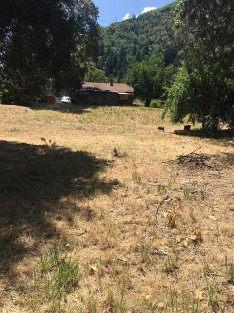 2500 Lampman, Gold Hill, OR 97525 (#3004379) :: FORD REAL ESTATE