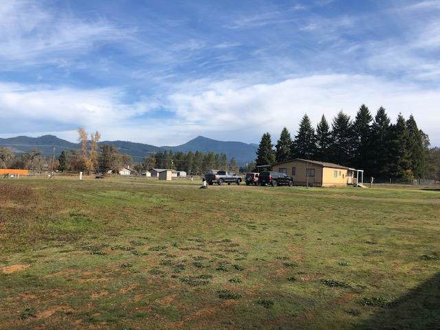 291 Aquarius Way, Cave Junction, OR 97523 (#3008014) :: FORD REAL ESTATE