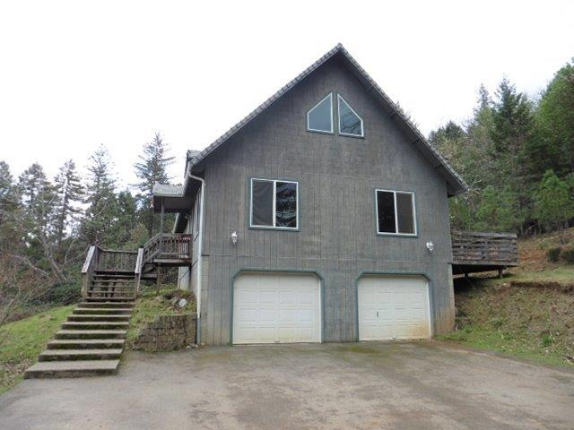 1125 Sleepy Hollow, Grants Pass, OR 97527 (#2986117) :: FORD REAL ESTATE