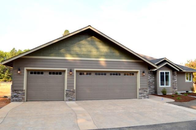 2047 Marcy Loop Road, Grants Pass, OR 97527 (#2989993) :: Rocket Home Finder
