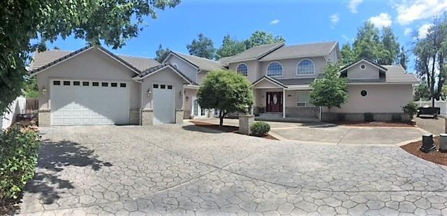 271 Rosewood Lane, Central Point, OR 97502 (#2991204) :: Rocket Home Finder