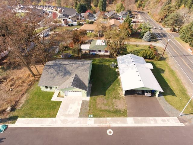 5875 Foothill Blvd, Rogue River, OR 97537 (#2996368) :: Rutledge Property Group