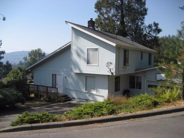 1601 NE Terrace Drive, Grants Pass, OR 97526 (#2981380) :: Rocket Home Finder