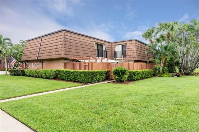 9135 SW 20th Pl B, Davie, FL 33324 (MLS #H10721816) :: RE/MAX Presidential Real Estate Group