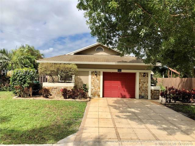 5661 SW 99th Ln, Cooper City, FL 33328 (MLS #H10753747) :: RE/MAX Presidential Real Estate Group