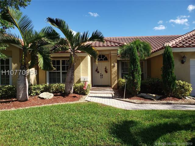 661 SW 94th Ter, Pembroke Pines, FL 33025 (MLS #H10770958) :: Green Realty Properties