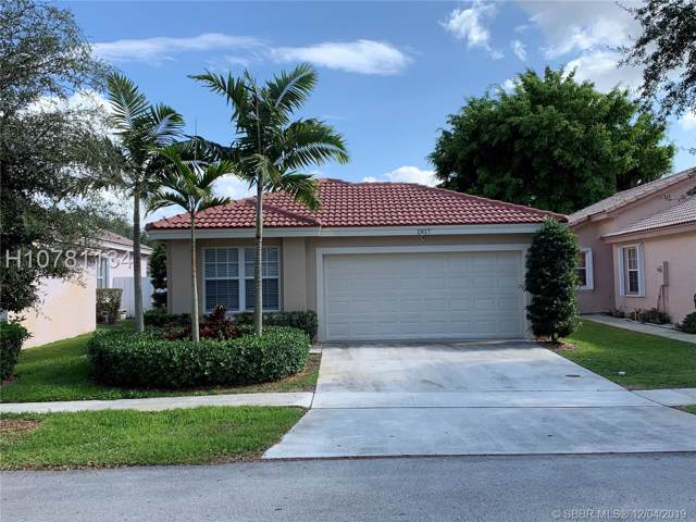 1917 SW 177th Ave, Miramar, FL 33029 (MLS #H10781134) :: RE/MAX Presidential Real Estate Group