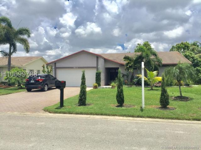 7012 NW 101, Tamarac, FL 33321 (MLS #H10699788) :: RE/MAX Presidential Real Estate Group