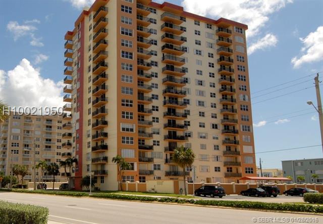 1501 Ocean Dr #703, Hollywood, FL 33019 (MLS #H10021950) :: Green Realty Properties